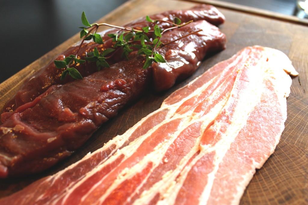 Rådjurssadel och bacon